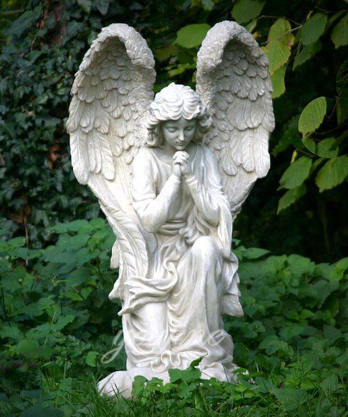 Kneeling pray angel marble statue figurines for decoration