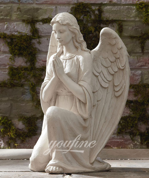 Knzzling pray angel statue for garden decor
